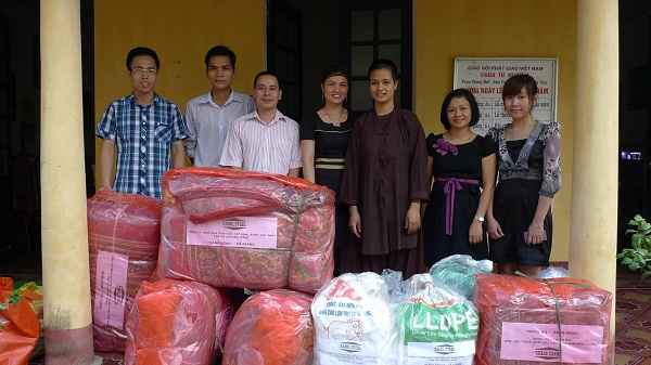 Zamil Steel Buildings Vietnam staff joined the charity activity for children in Ha Giang