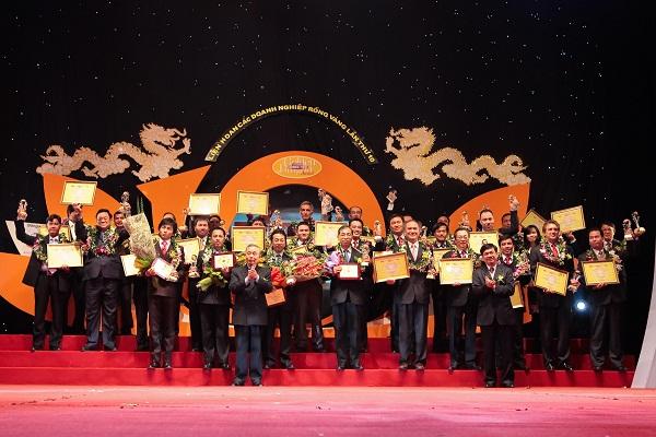 Zamil Steel Buildings Vietnam received the Golden Dragon Award 2010