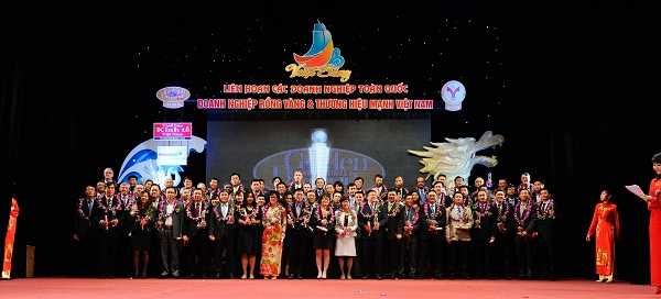 Corporate Social Responsibility (CSR) Award by The Vietnam Chamber of Commerce and Industry (VCCI)